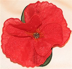 Poppy center fringe small embroidery design