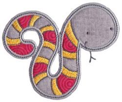 Applique Serpant embroidery design