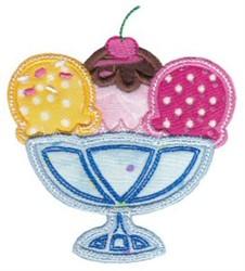 Applique Sundae embroidery design