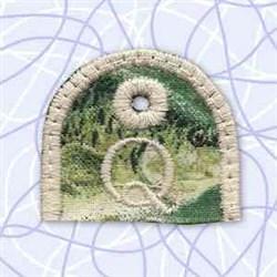 Key Tab Alphabet Q embroidery design