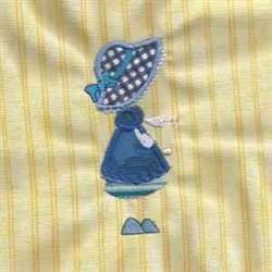Stick Bonnet In Blue embroidery design