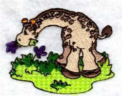 Giraffe Eating embroidery design