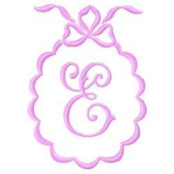 Scalloped Monogram E embroidery design