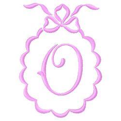 Scalloped Monogram O embroidery design
