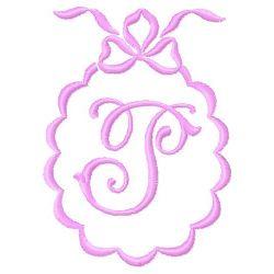 Scalloped Monogram P embroidery design