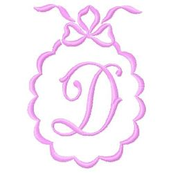 Scalloped Monogram D embroidery design
