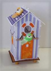 Beach Hut Birdhouse embroidery design