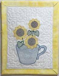 ITH Light Bloom Mug Rug 5 embroidery design