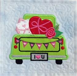 Vintage Valentine Truck 2 Quilt Blk embroidery design